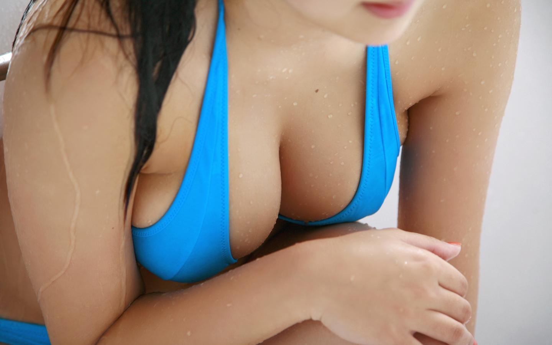 women_cleavage_japanese_ai_shinozaki_blue_bikini_desktop_1440x900_hd ...