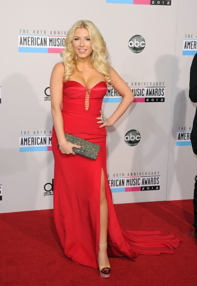 Grace-Valerie-40th-Annual-American-Music-Awards-4