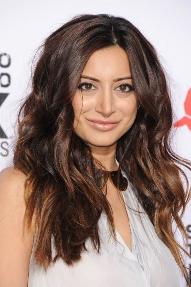 Noureen-DeWulf-Sons-of-Anarchy-Season-6-premiere-1