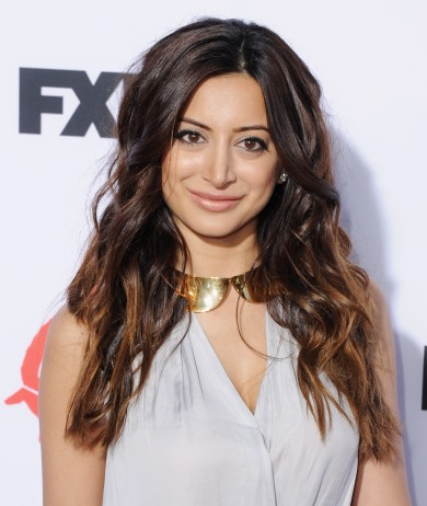 Noureen-DeWulf-Sons-of-Anarchy-Season-6-premiere-5